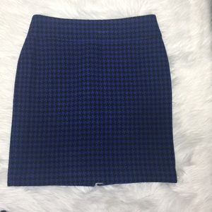 Ann Taylor Houndstooth pencil skirt blue size 10